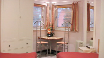 berlin ferienhaus terrasse garten. Black Bedroom Furniture Sets. Home Design Ideas