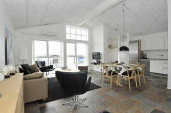 daenemark reihenhaus bis 6 personen 100 m zum strand hvide. Black Bedroom Furniture Sets. Home Design Ideas