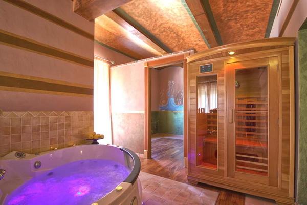 italien ligurien hotel grundst ck whirlpoo internet 900m zum strand meer. Black Bedroom Furniture Sets. Home Design Ideas